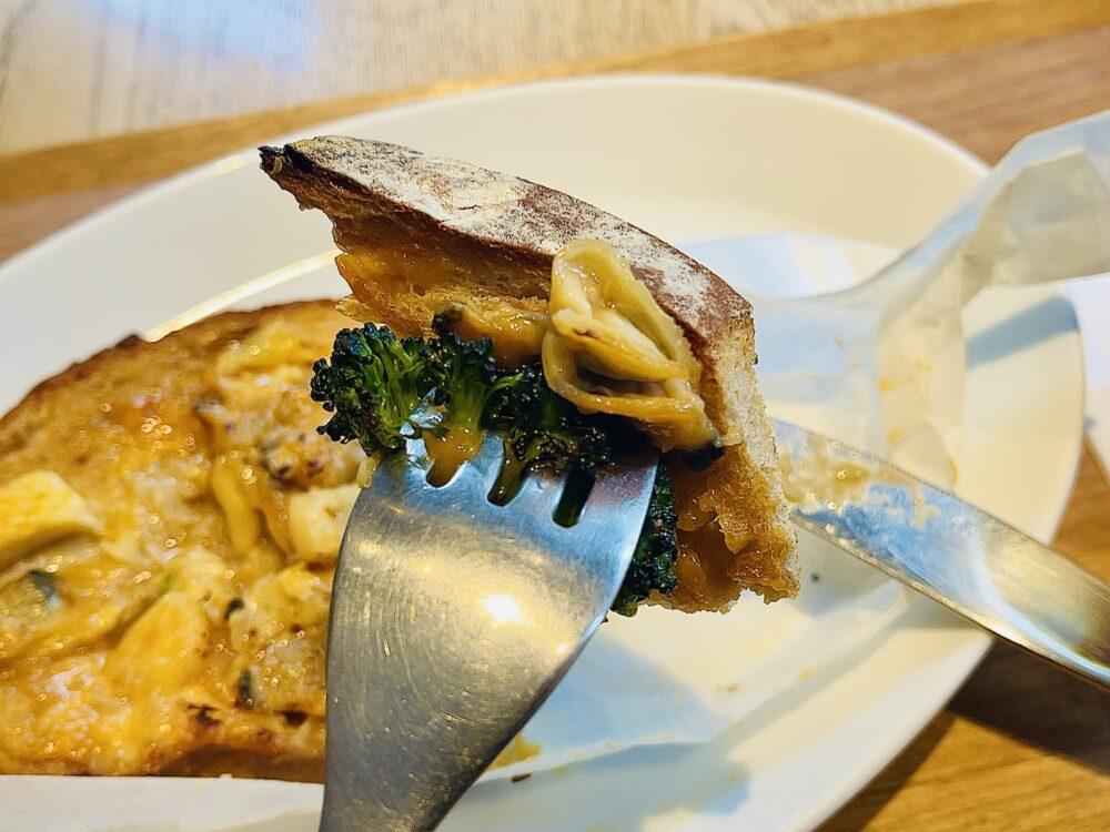 【五反田カフェ】ナイフとフォークでパンを食べる!?Bread&Coffee IKEDAYAMA